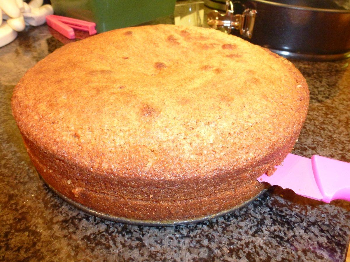 Cake Recipes By Jamie Oliver: SPONGE CAKE DO JAMIE OLIVER